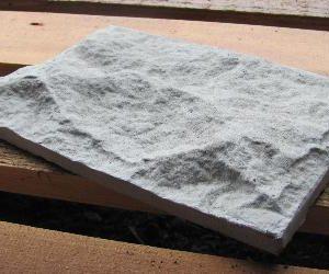 ломаный камень